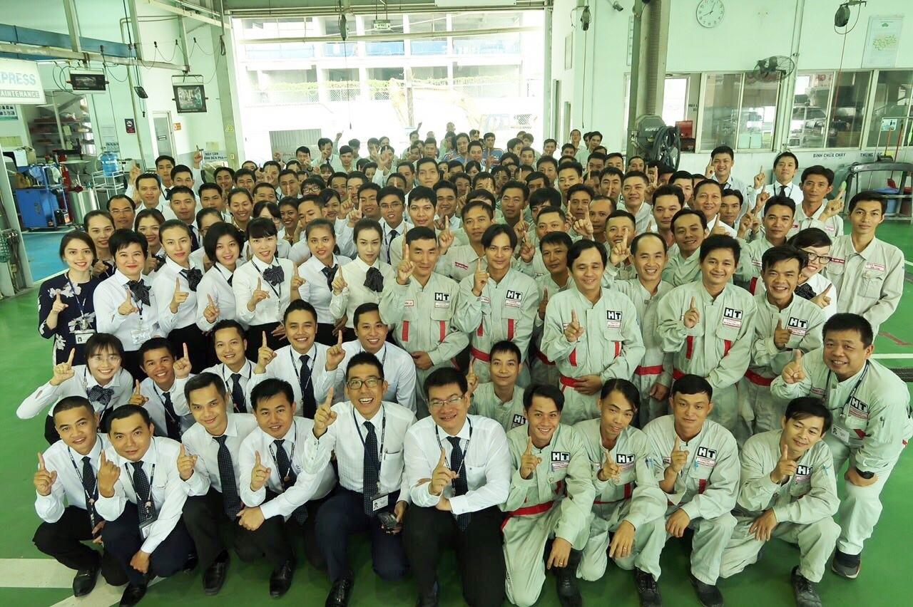 Nhân Viên Toyota Hiroshima Tân Cảng